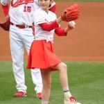 始球式での前田敦子さん、くっそかわいい