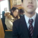 【悲報】女性専用車絶対許さないおじさん、電車内で発狂して駅員を大声で罵倒するwwwwwww